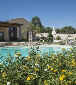 Residenza Latruvatura Loft In Villa Con Piscina